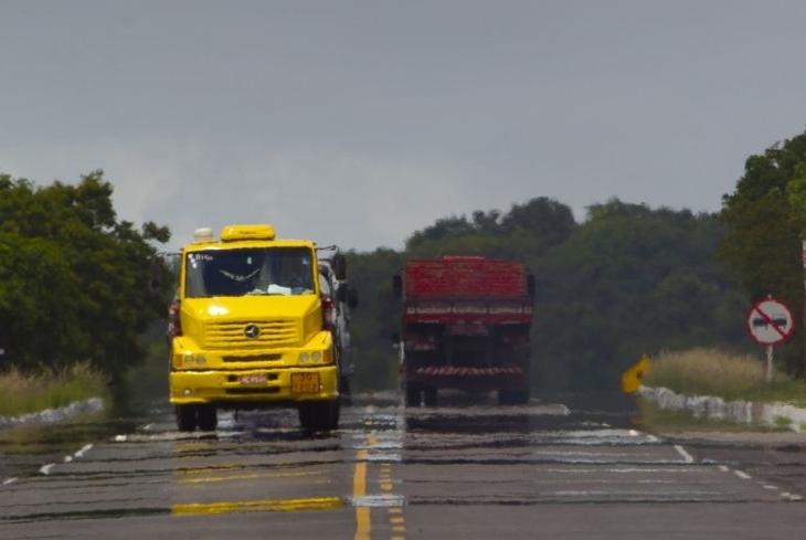 Via Perimetral: recuperação de pavimento acontece nesta quinta-feira (19)