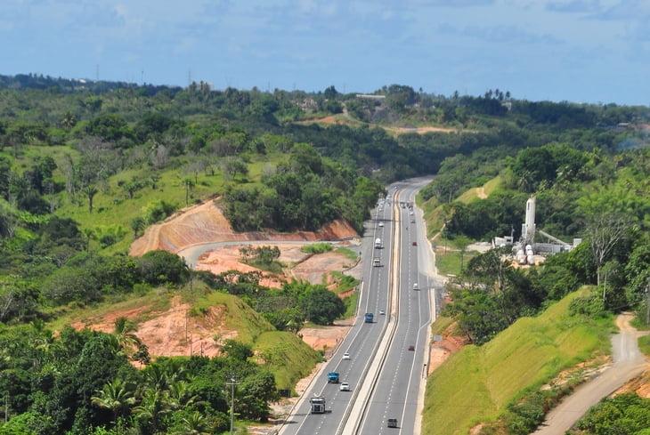 Sistema de Rodovias BA-093 recebe obras até o dia 04 de outubro