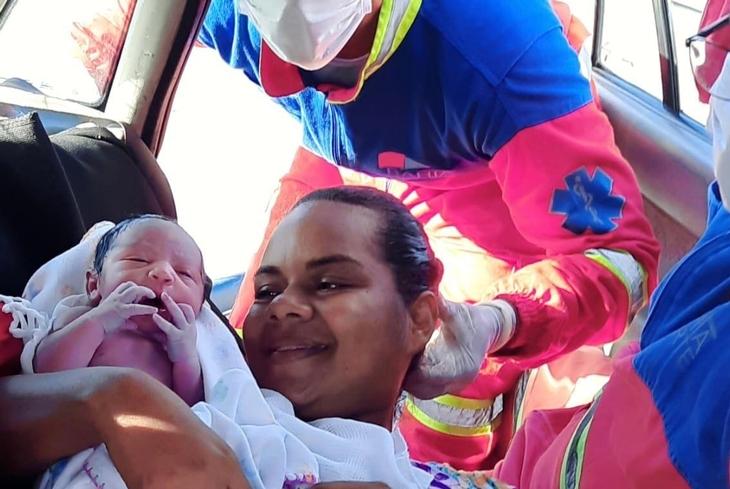 Equipe da Bahia Norte realiza parto na rodovia BA-524