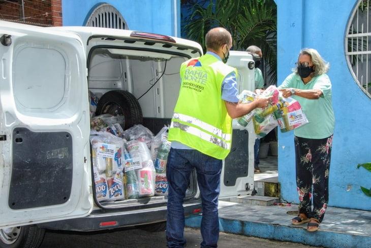 """Solidariedade: Campanha """"Juntos podemos fazer muito mais"""" totaliza 2,5 toneladas de alimentos doados a famílias em situação de vulnerabilidade"""