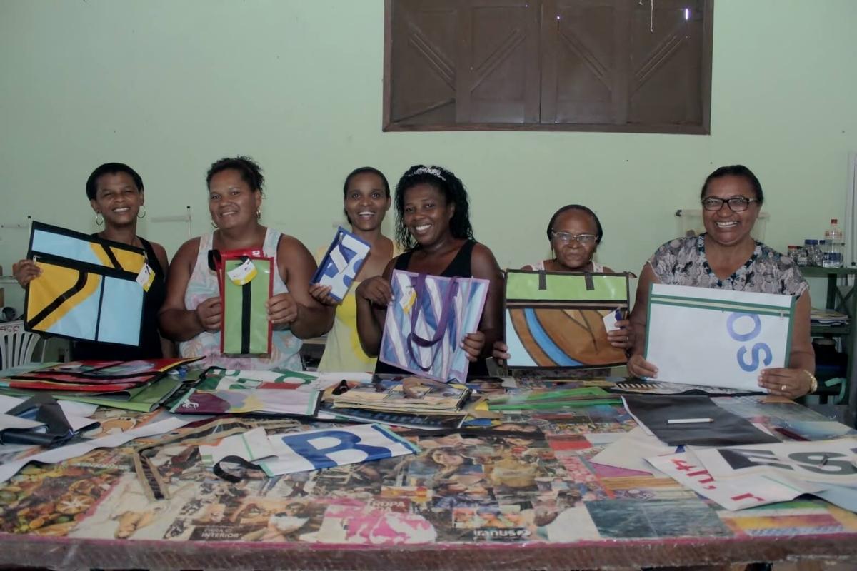 Moda e sustentabilidade: integrantes do projeto Recriando com Arte participam de evento em Salvador