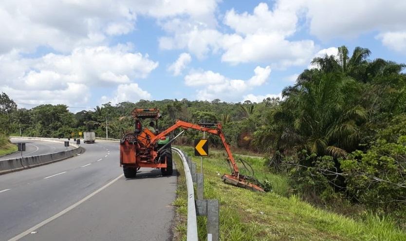 Via Parafuso recebe obras de manutenção e segurança viária