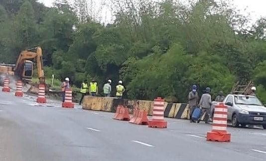 Bahia Norte informa interdição em faixa da rodovia BA-093