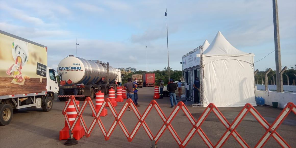 Posto gratuito para testagem de Covid-19 em caminhoneiros no município de Camaçari